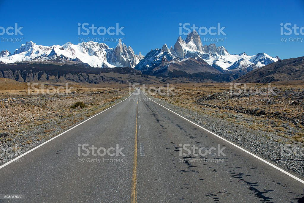 THE ROAD THAT LEADS TO EL CHALTEN stock photo