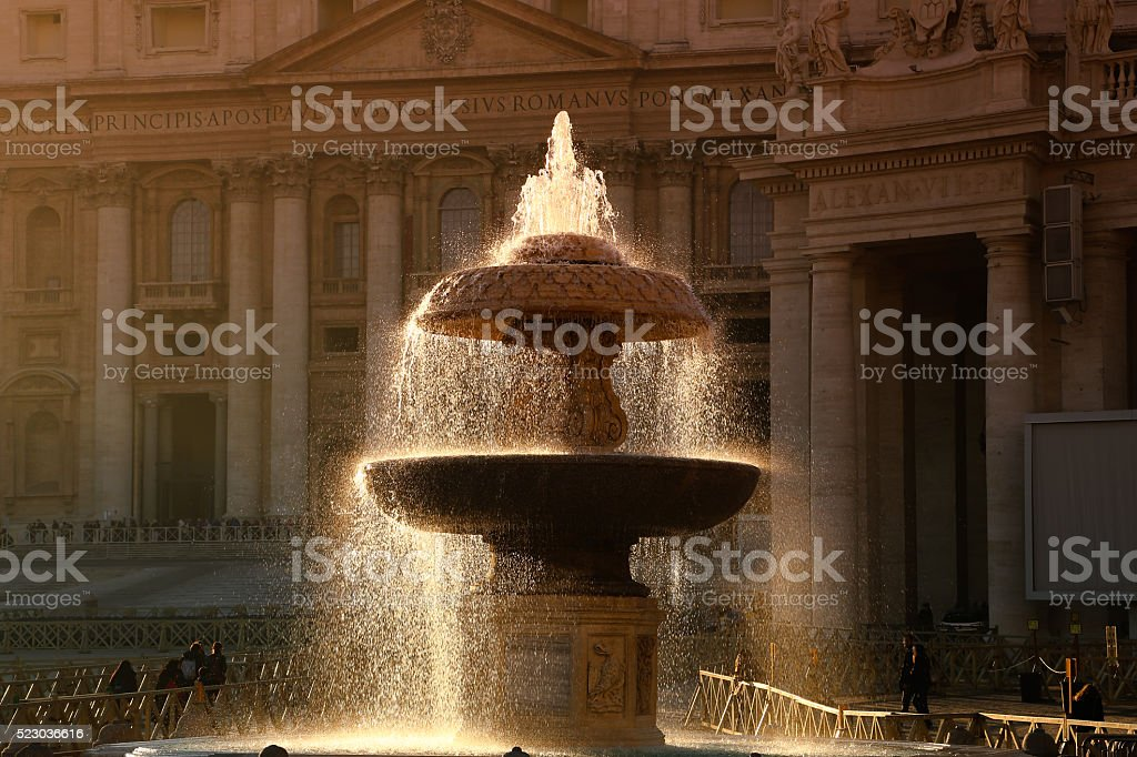 FONTANA PIAZZA SAN PIETRO stock photo