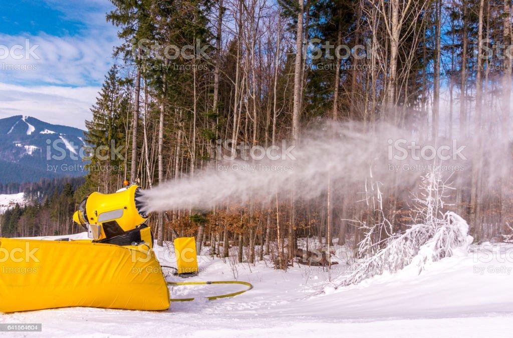 Машина для изготовления снега stock photo
