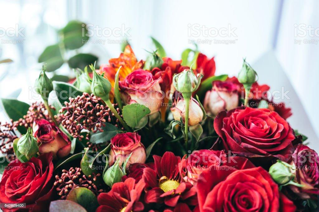 Праздничная цветочная композиция stock photo