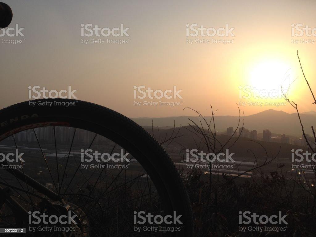 외발자전거로본 풍경 stock photo