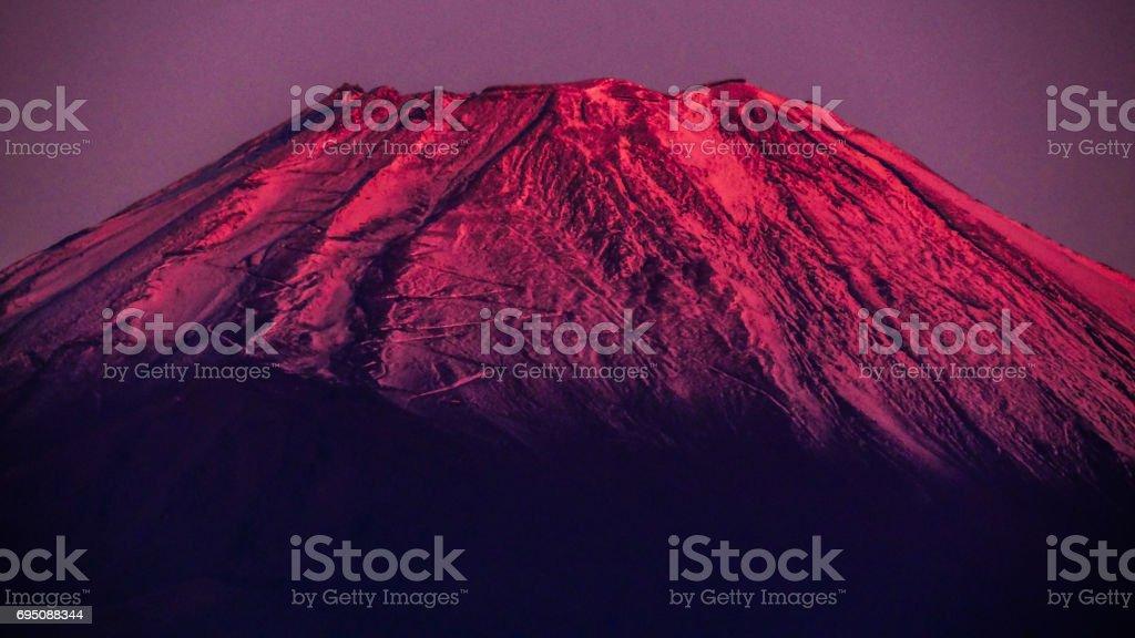 日本 世界遺産 朝焼けの富士山 クローズアップ 静岡県 stock photo