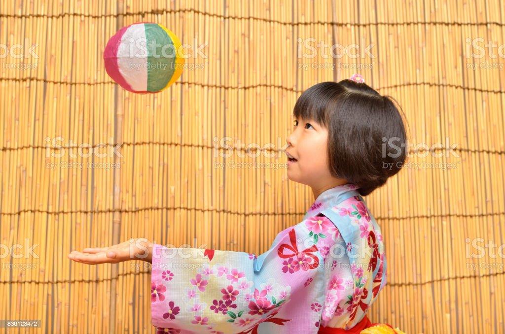 浴衣の女の子(よしず) stock photo