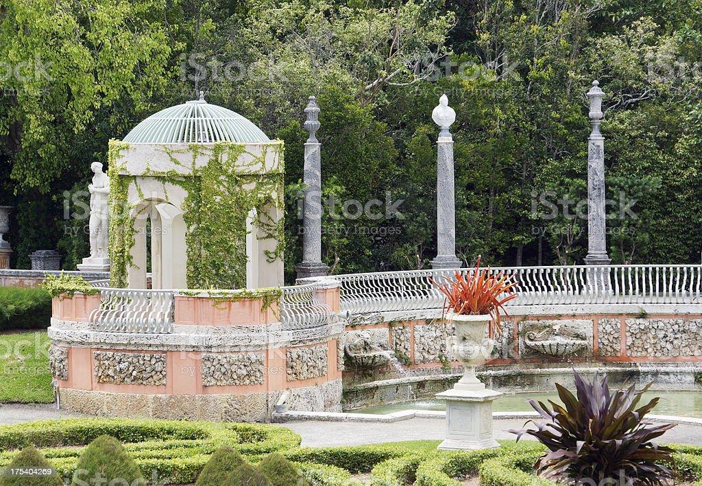 1900s gardens stock photo