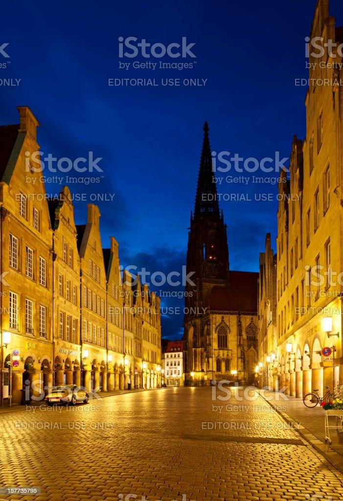 Münster Prinzipalmarkt And Lamberti Church At Night stock photo