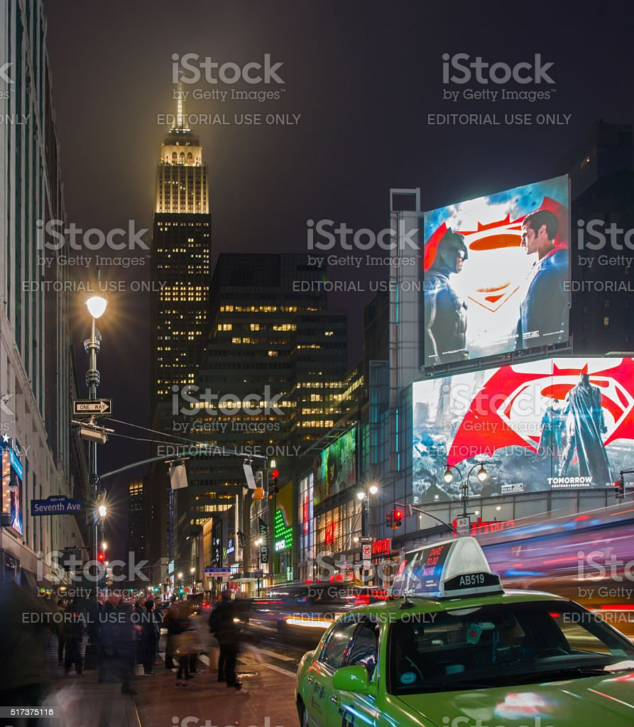 34th Street and 7th Avenue Intersection at Evening Rush Hour stock photo