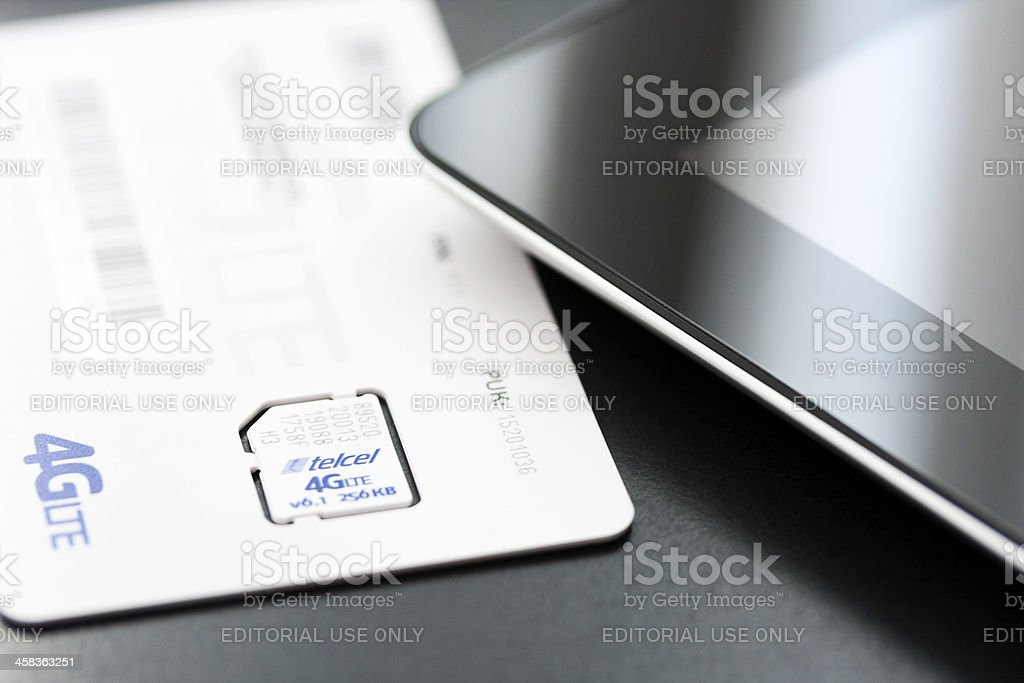 4gLTE chip and an iPad 4 generation royalty-free stock photo