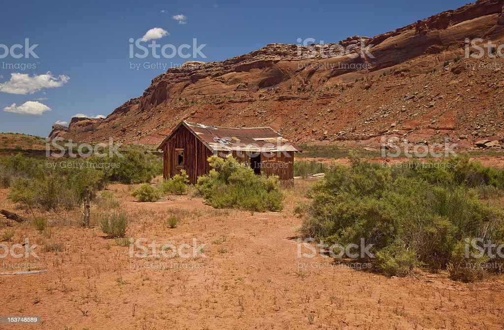Abandoned Cabin In Utah's Comb Wash stock photo