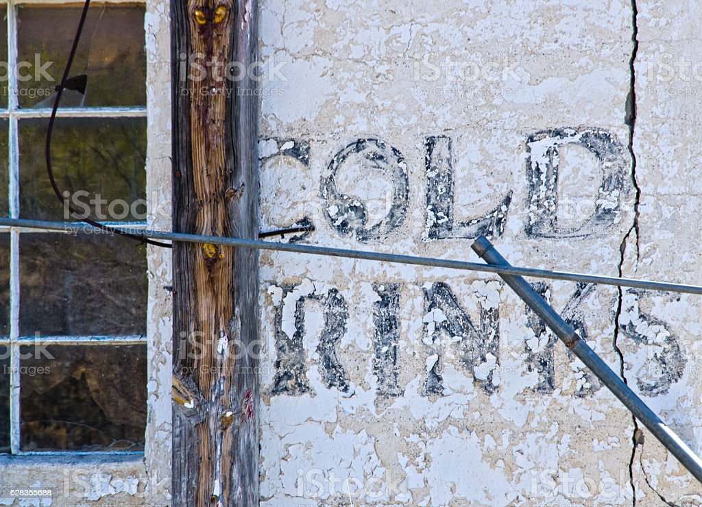 Abandoned Casa Blanca Trading Post on Route 66 stock photo
