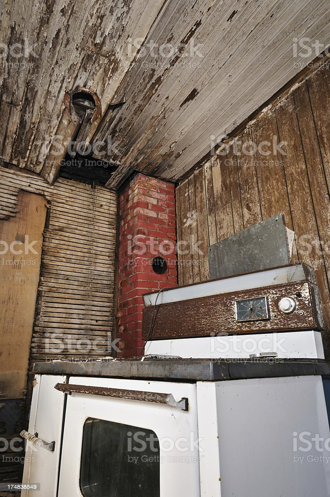 Abandoned grungy kitchen royalty-free stock photo
