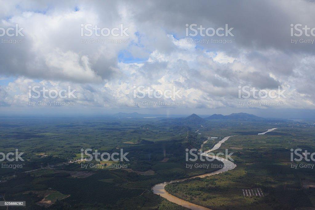 антенна вид сверху, из самолета air реку и зеленые холмы Стоковые фото Стоковая фотография