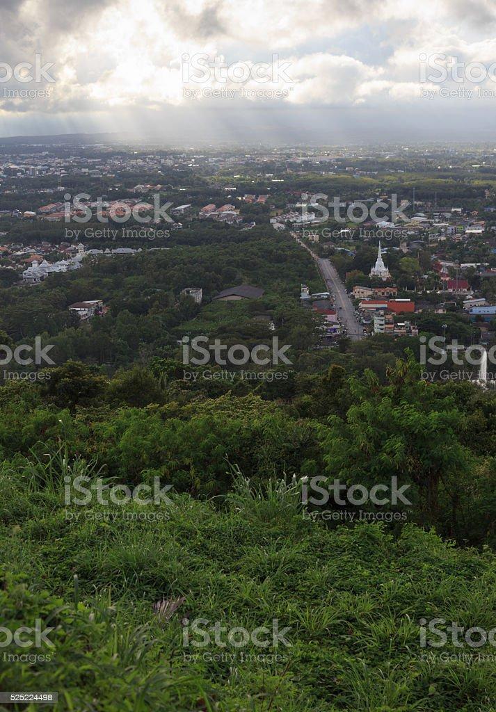 антенна вид сверху городской город с облака, солнечный свет отражать Стоковые фото Стоковая фотография