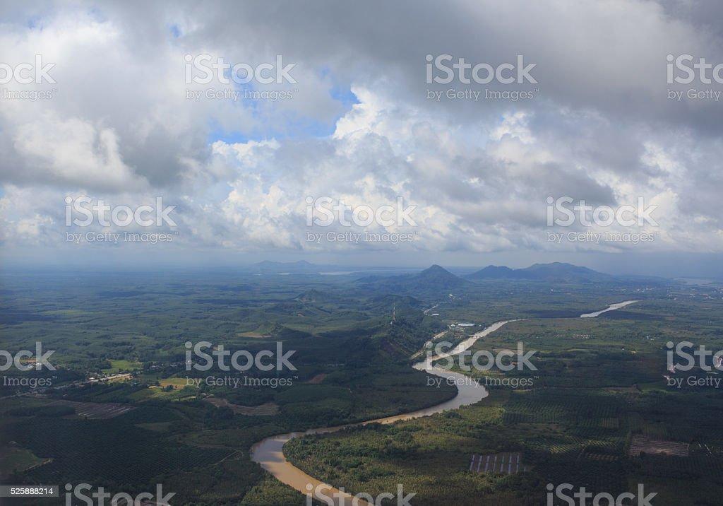 Вид с воздуха из воздушных плоскости, реку и зеленые холмы» Стоковые фото Стоковая фотография