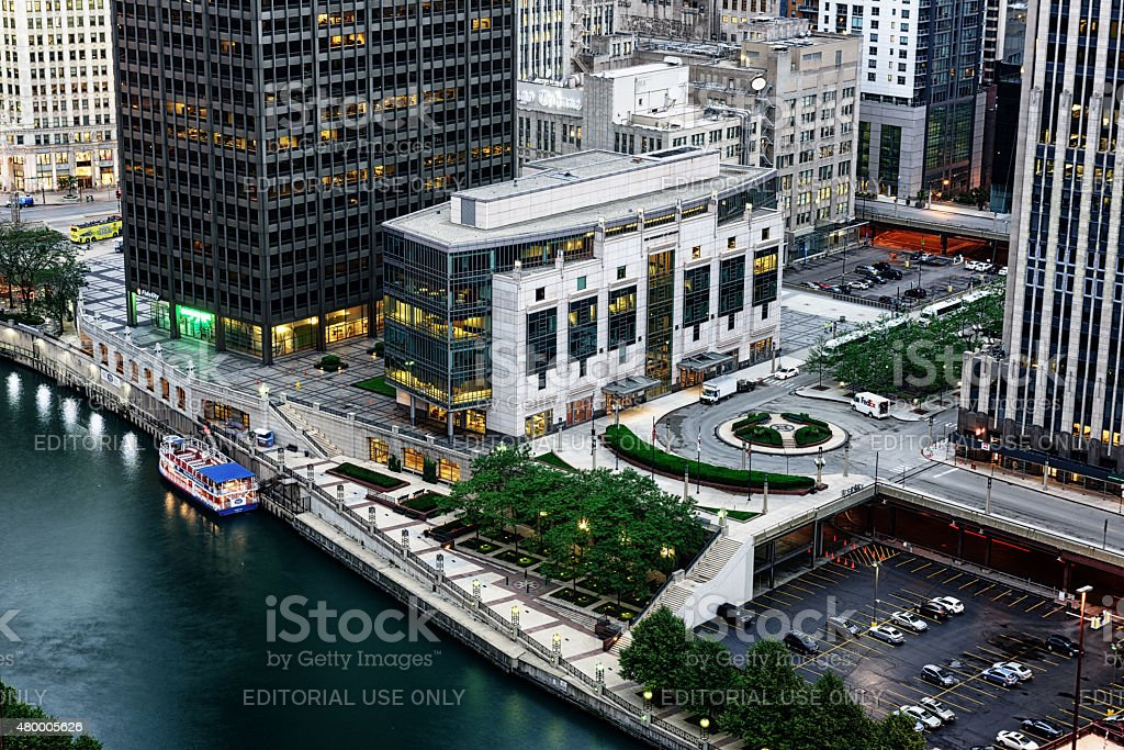 Aerial view of Gleacher Center beside the Chicago River stock photo