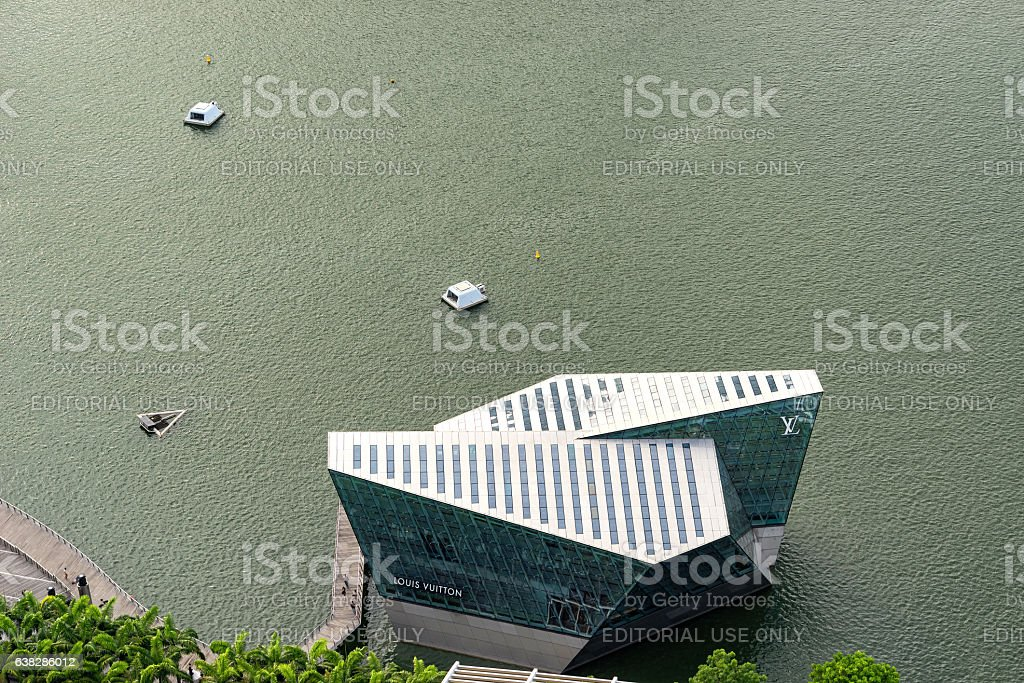 Aerial view of Louis Vuitton shop house in Marina Bay stock photo
