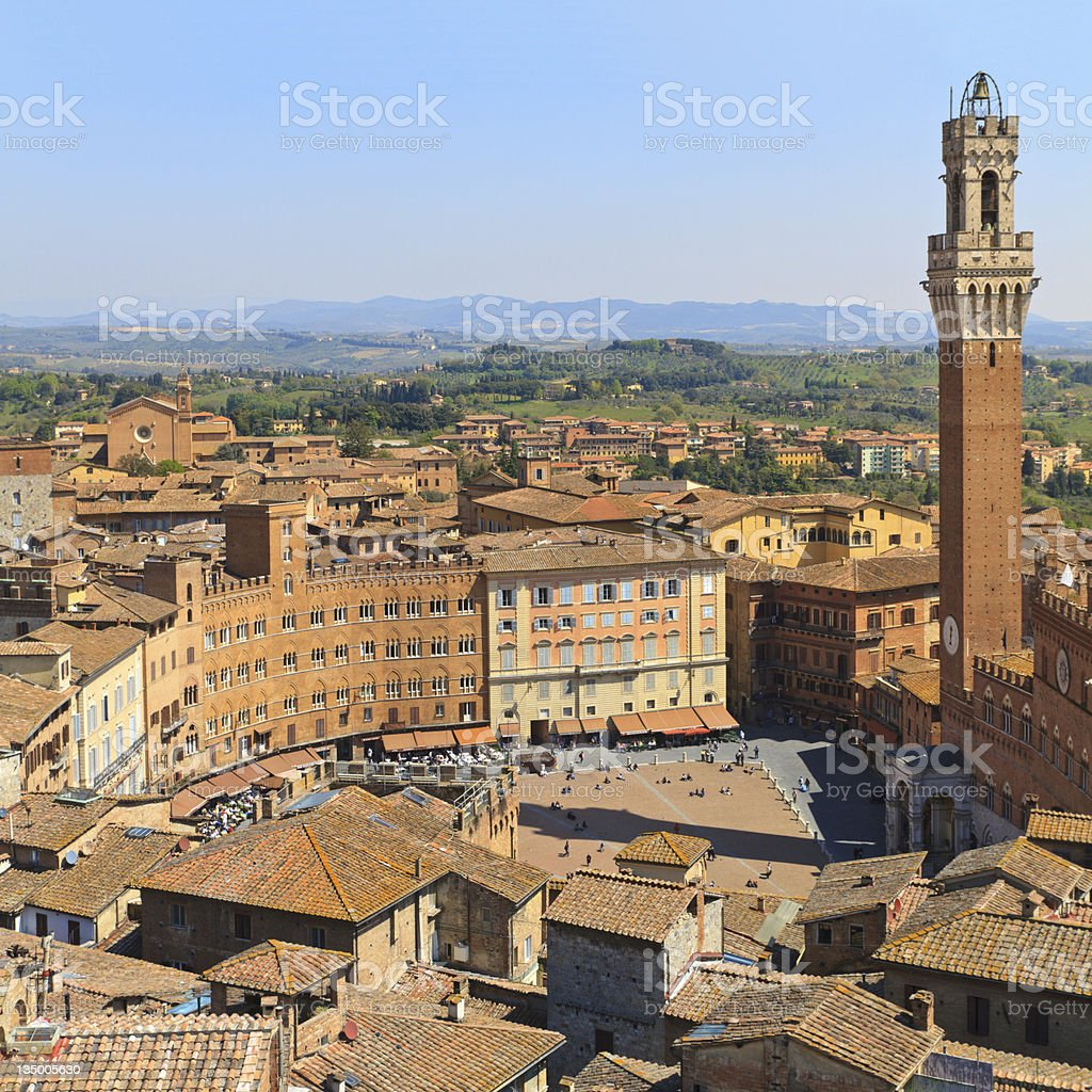 Aerial view of the many buildings in Piazza del Campo stock photo