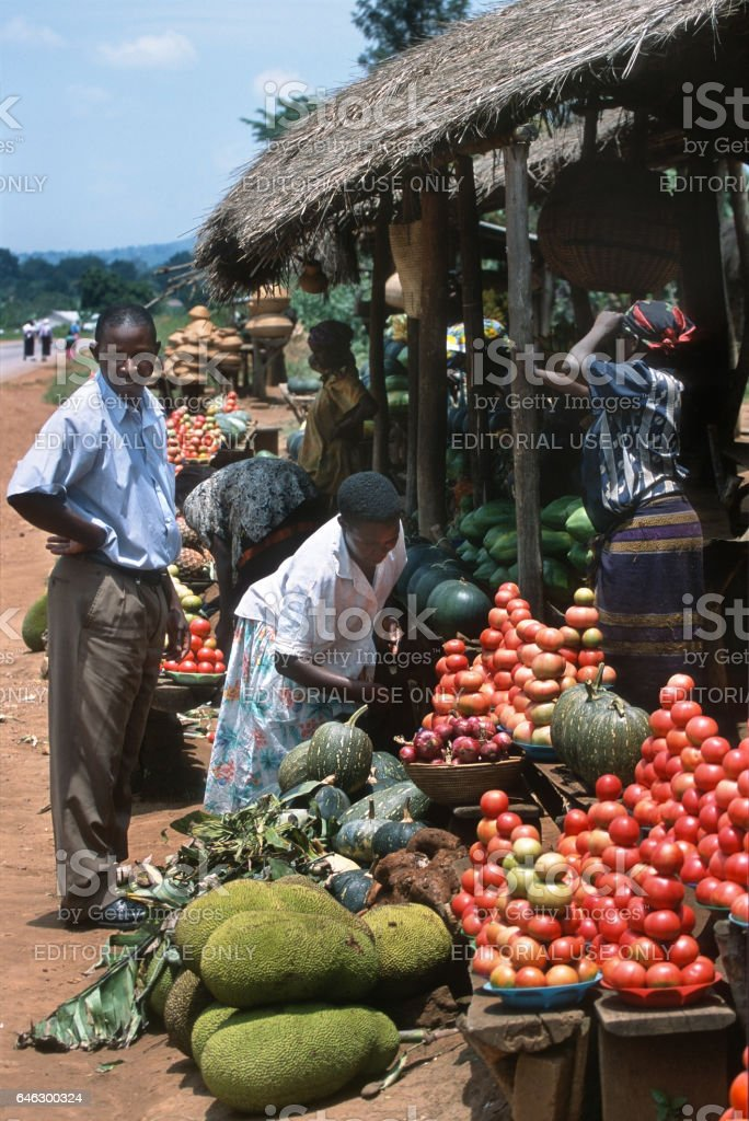 African shoppers roadside farmers fruit vegetable market Uganda stock photo