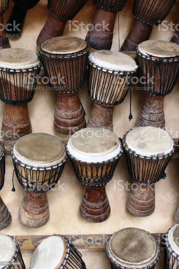 afrikanische Djemb?trommeln aus Westafrika stock photo
