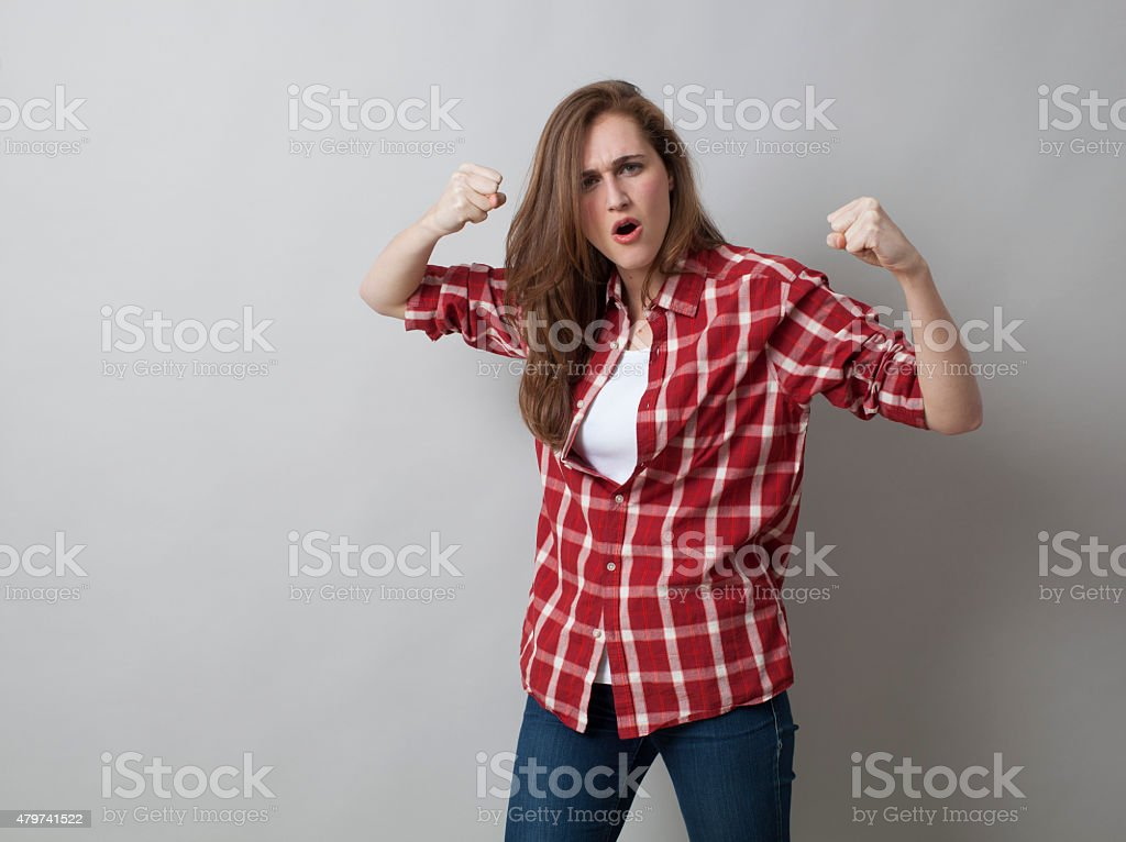 20s girl wanting to fight or to defend herself with self-assurance