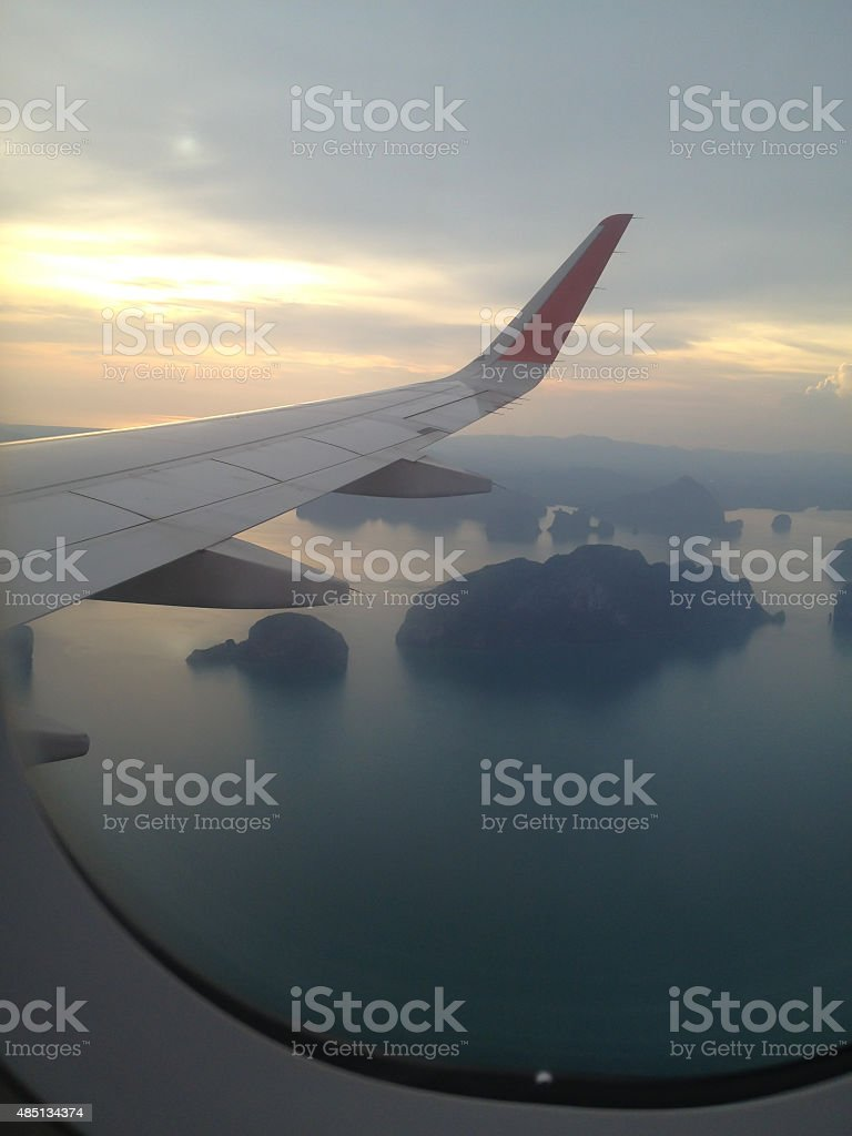Самолет окна просмотра облаков и неба на jet» Стоковые фото Стоковая фотография