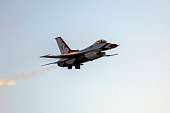 Airplane US Thunderbirds F-16