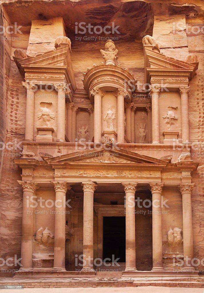 Al Khazneh - the treasury of Petra ancient city, Jordan stock photo
