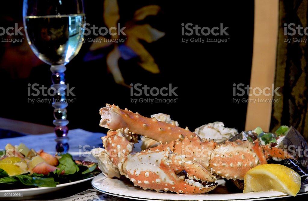 Crabe royal de l'Alaska le dîner photo libre de droits
