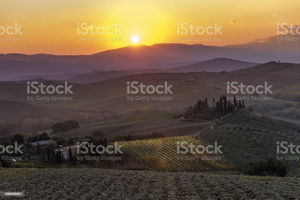 L'alba in Val d'Orcia (Toscana, Italia) stock photo