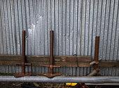 Aligned iron bar