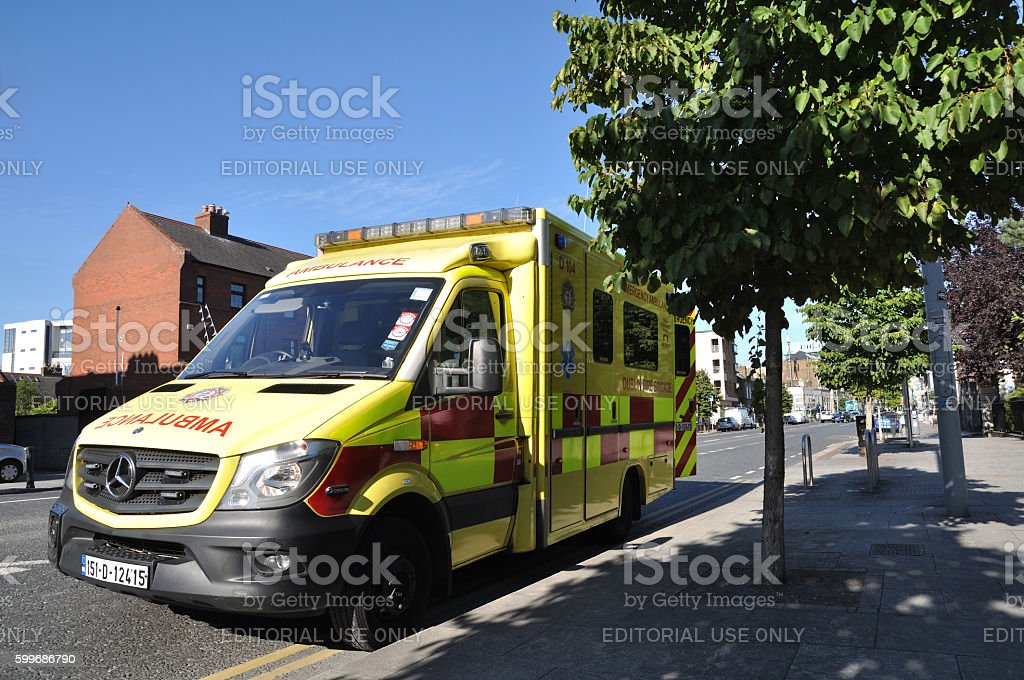 Ambulance in Dublin city center royalty-free 스톡 사진