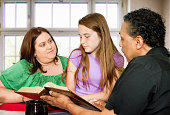 American mother teaches Bible to daughter with help of minister