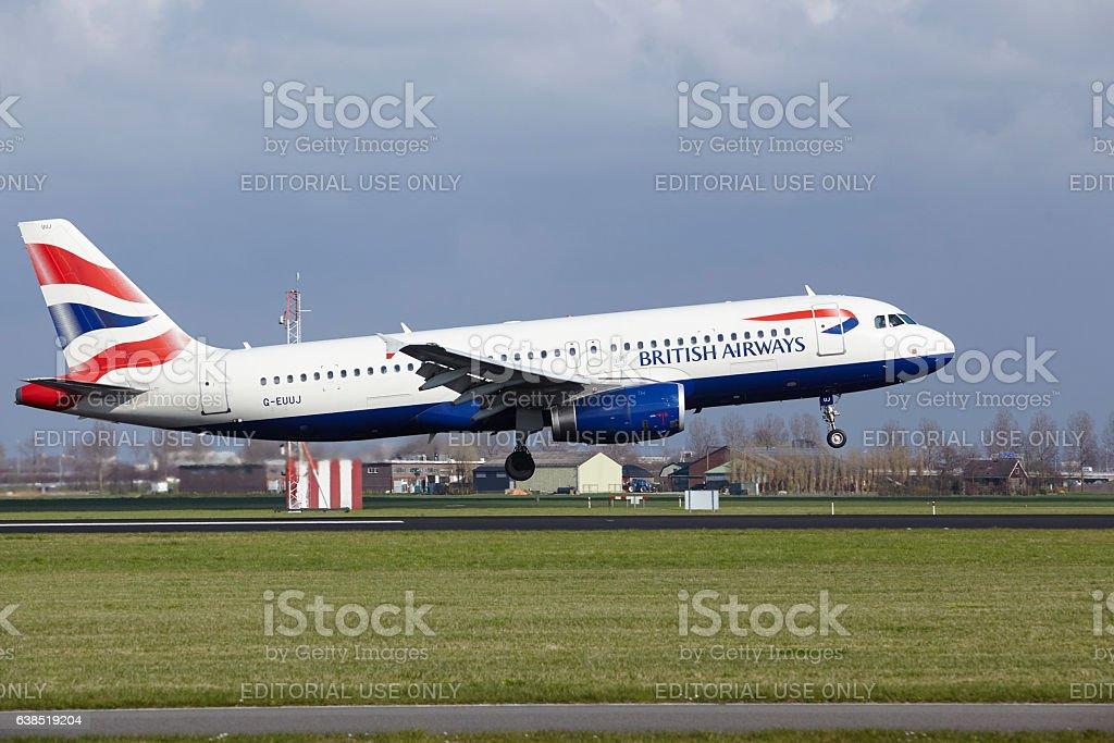 Amsterdam Airport Schiphol - British Airways Airbus A320 lands stock photo