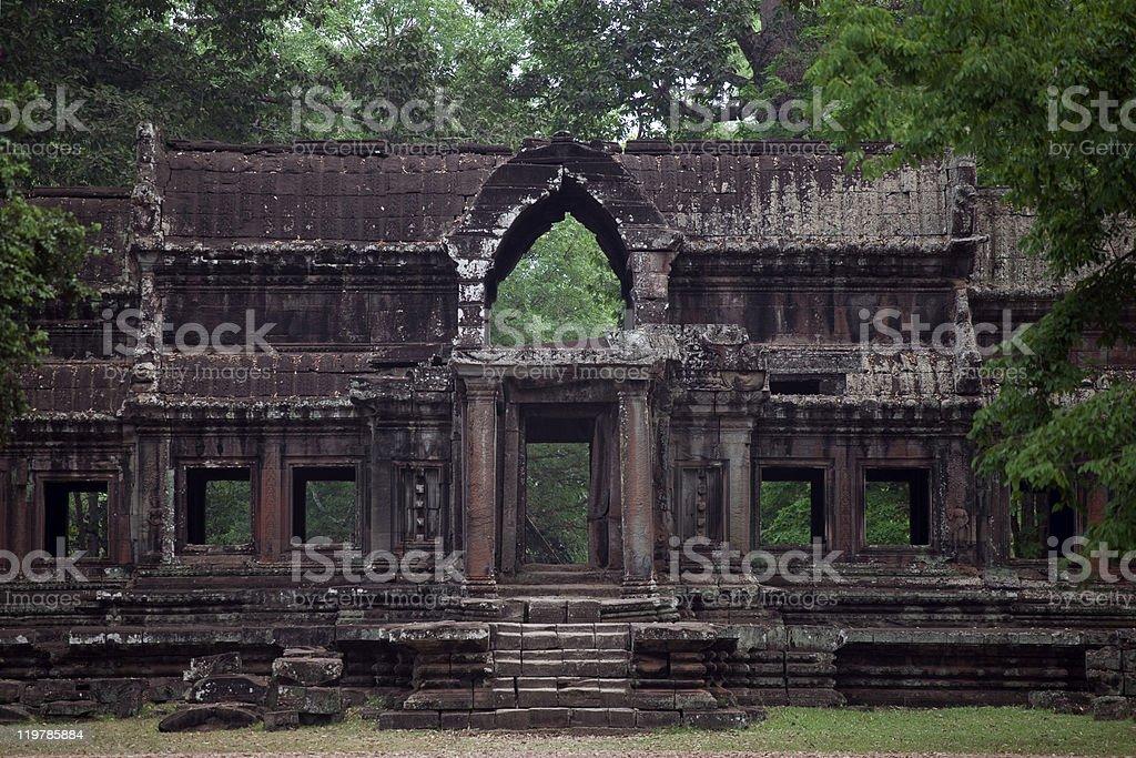 D'Angkor bâtiment de la jungle photo libre de droits