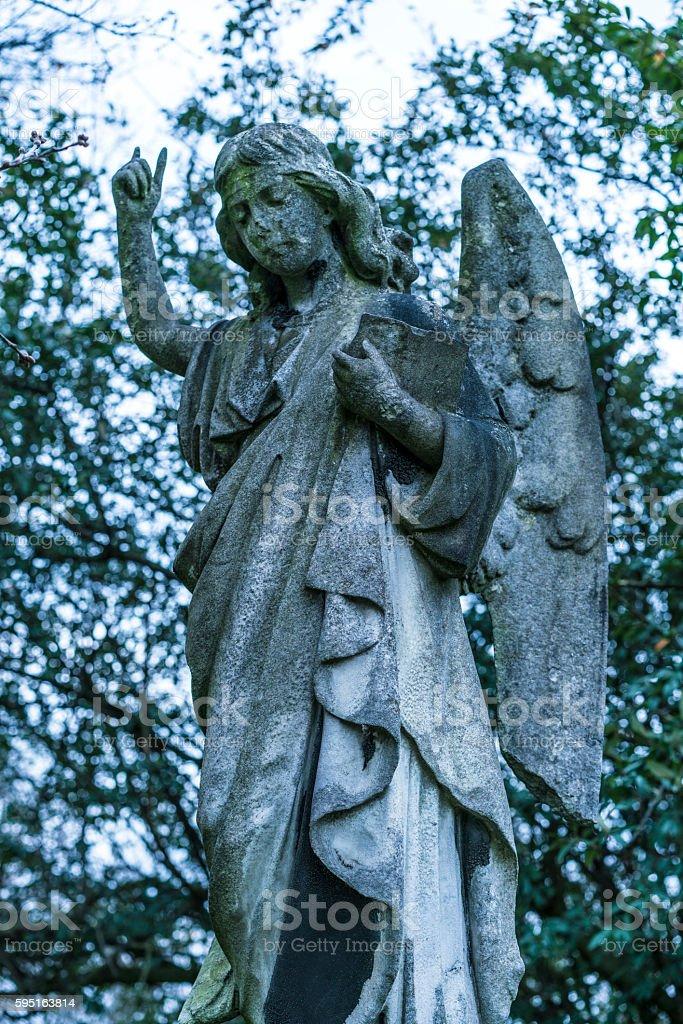Ancient stone angel statue Lizenzfreies stock-foto
