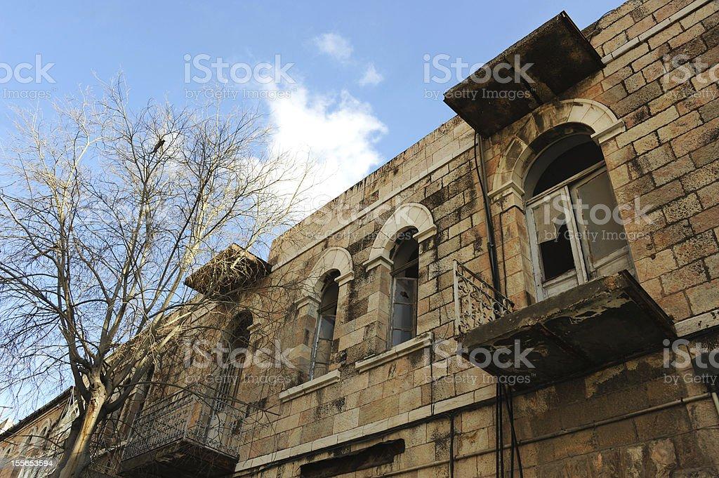 Antigo no Estado turco apartamento esquecido foto royalty-free