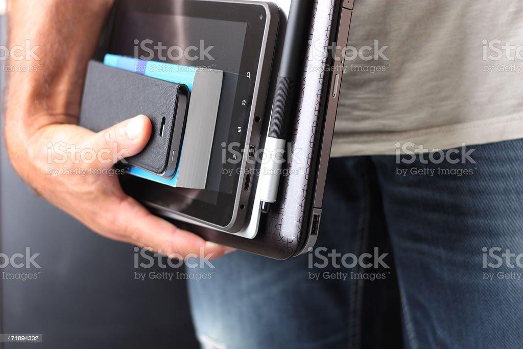 Andare a scuola col computer portatile stock photo