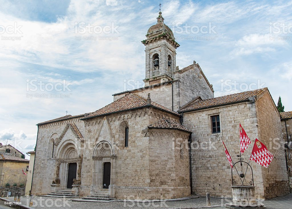 antica chiesa in italia stock photo