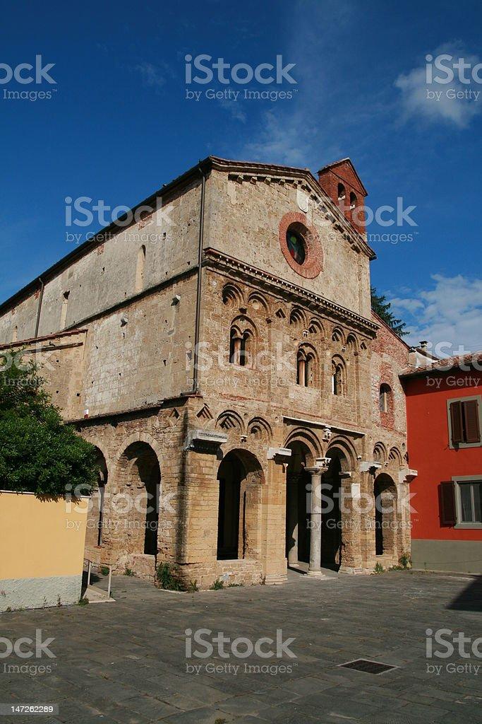 Antiquari a Pisa - Abbazia di San Zeno stock photo