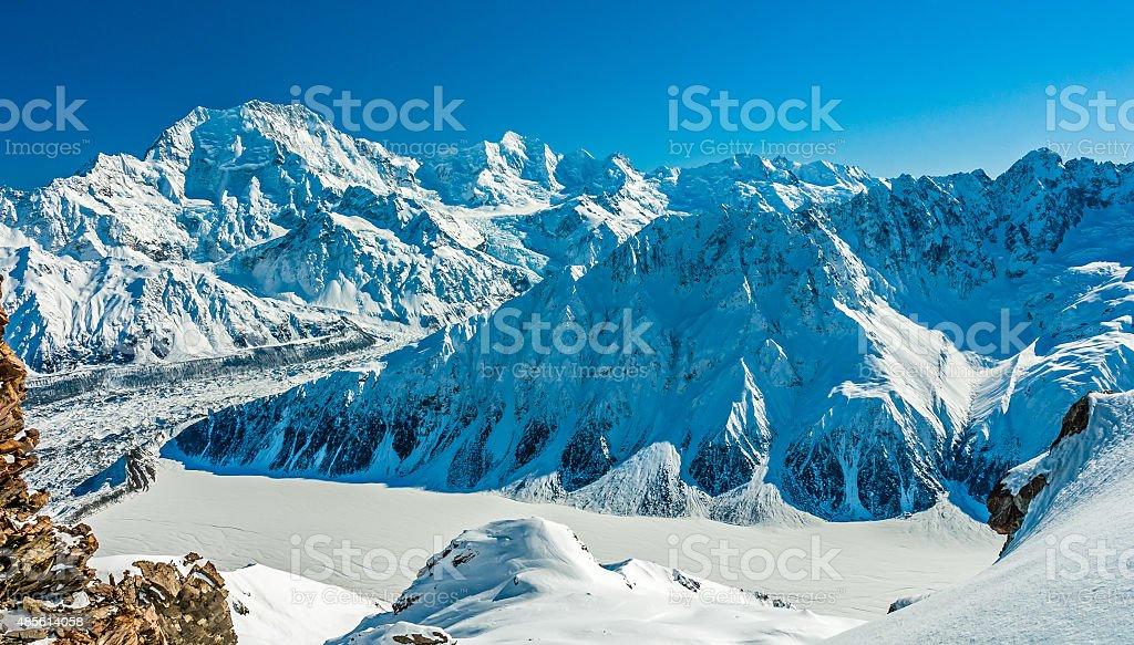 Aoraki/Mt Cook with Malte Brun Range stock photo