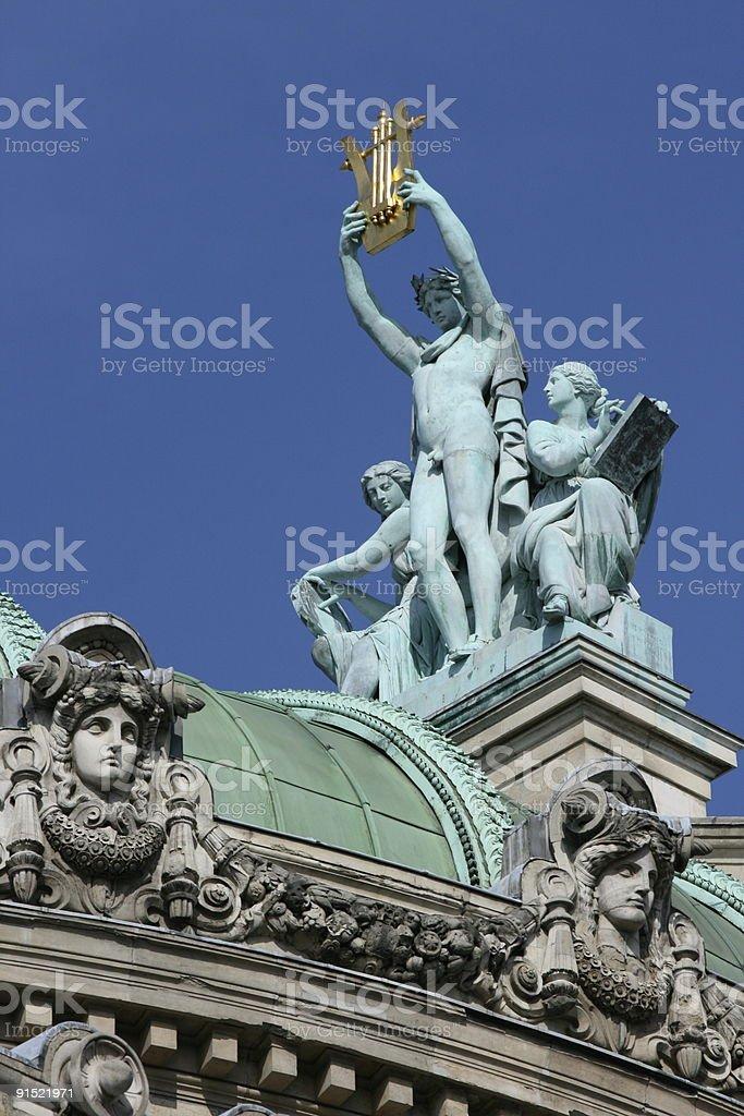 Apollon sur les toits ? l'Op?ra de Paris stock photo
