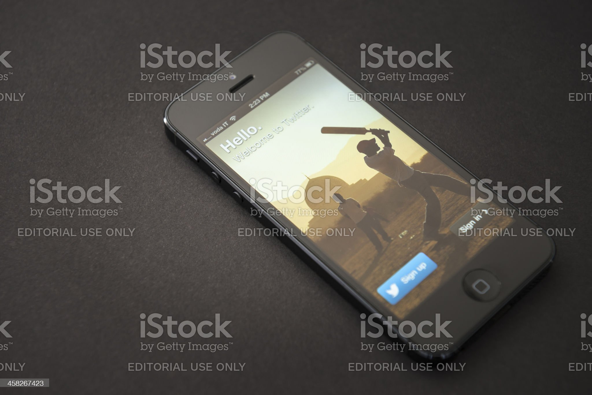 Apple Iphone 5 with twitter royalty-free stock photo