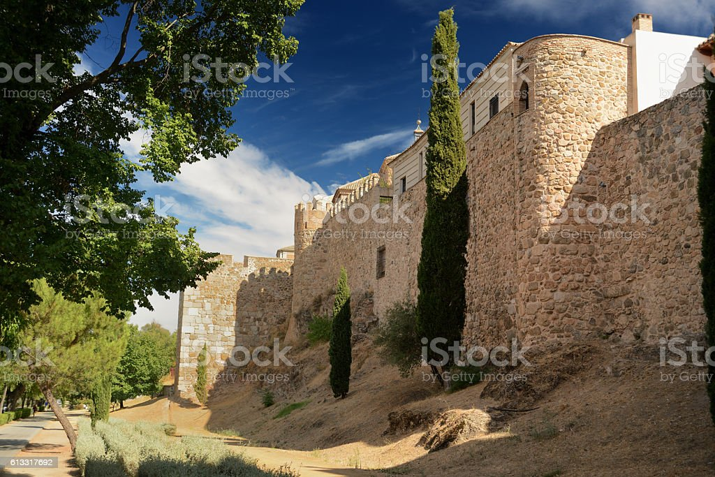arab wall around Toledo Spain - foto de stock