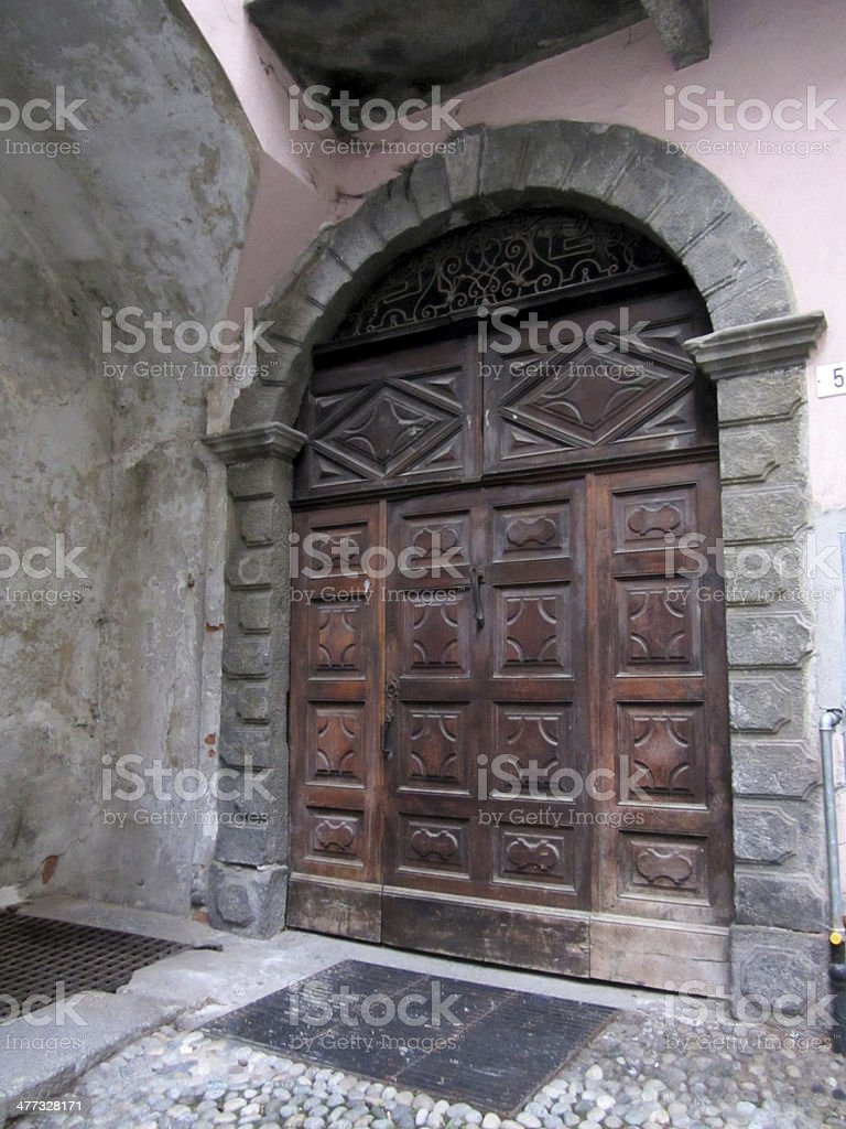 Porta con arco royalty-free stock photo