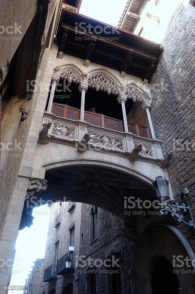 Arco en la  Calle Obispo, Barcelona, Catalu?a, Spain stock photo
