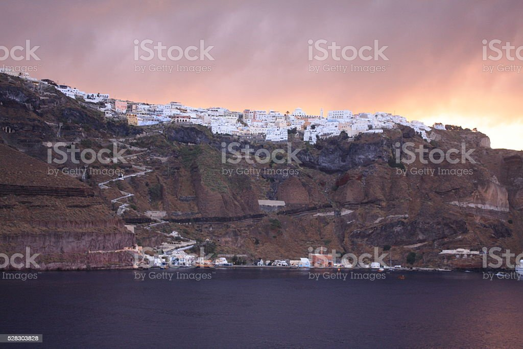 Llegada a Santorini stock photo