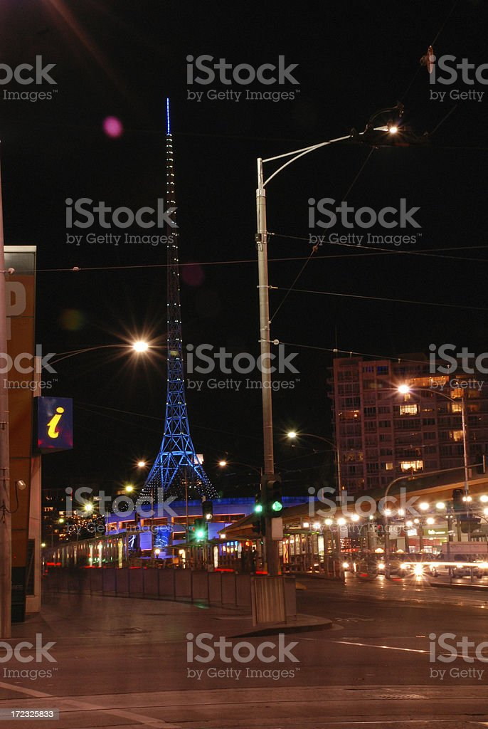 Centro de las Artes de St Kilda Road Melbourne por la noche foto de stock libre de derechos