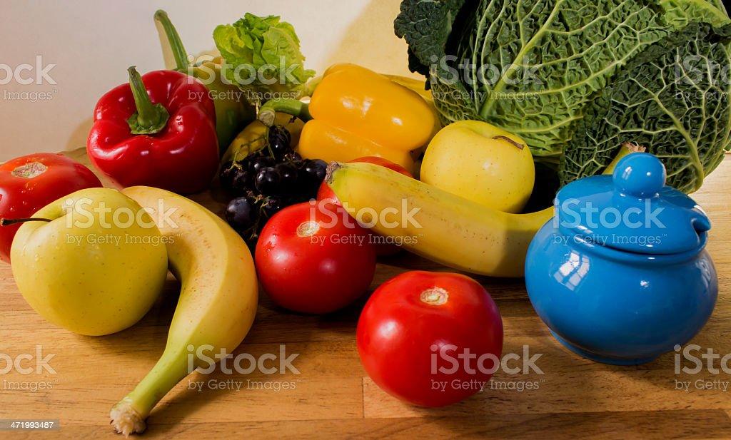 Assortiment de fruits, l?gumes et sucri?re stock photo