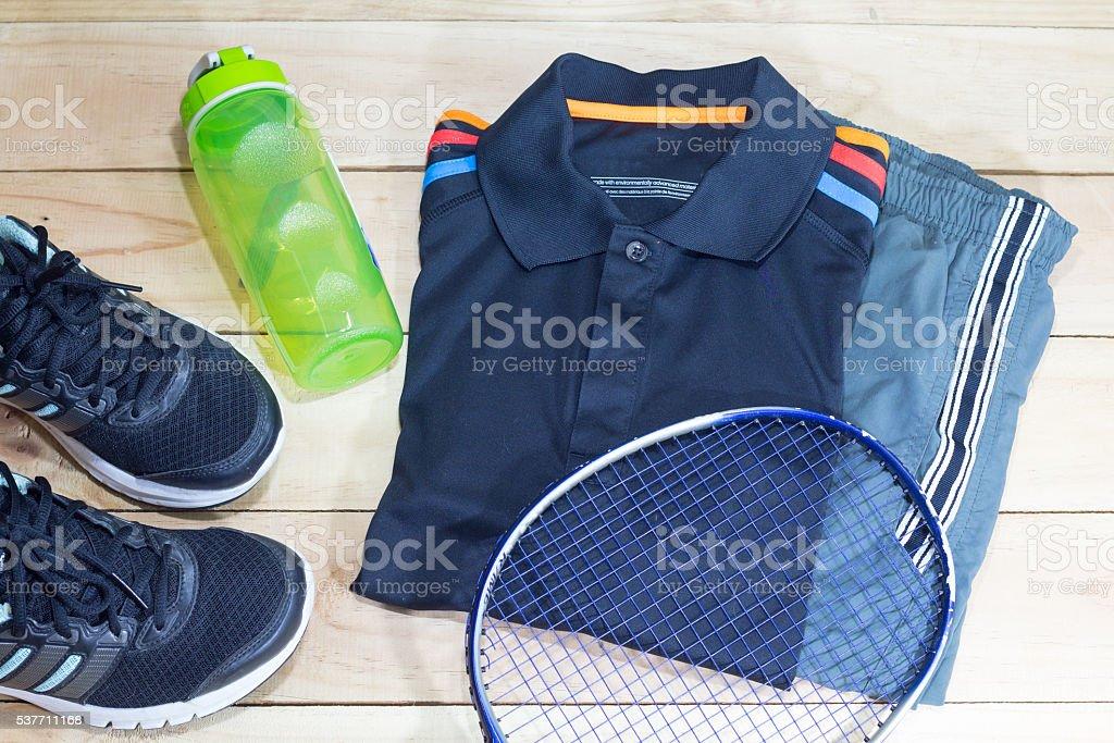 athletic sportswear lifestyle overhead view. bottle,sportswear,sneakers Стоковые фото Стоковая фотография