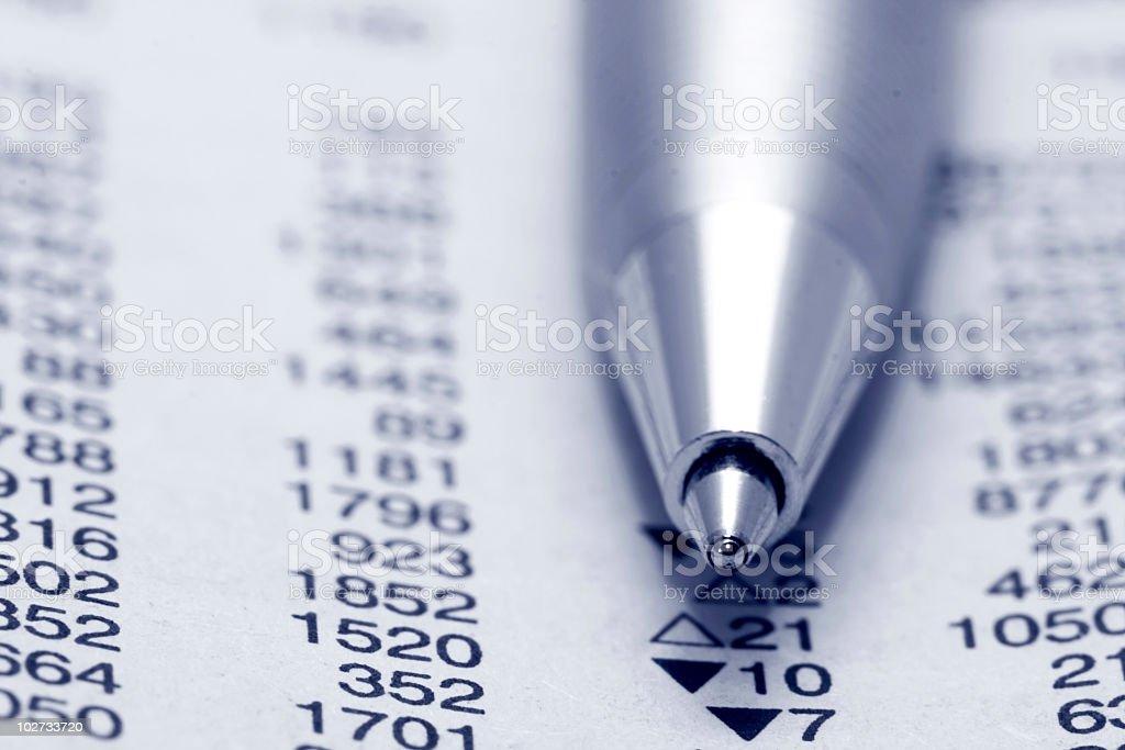Kugelschreiber und-Daten Lizenzfreies stock-foto