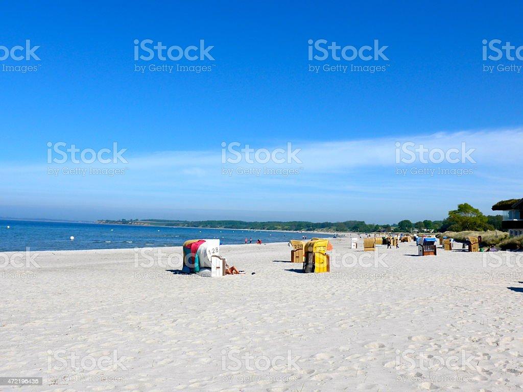 Mar Báltico, una hermosa playa de arena foto de stock libre de derechos